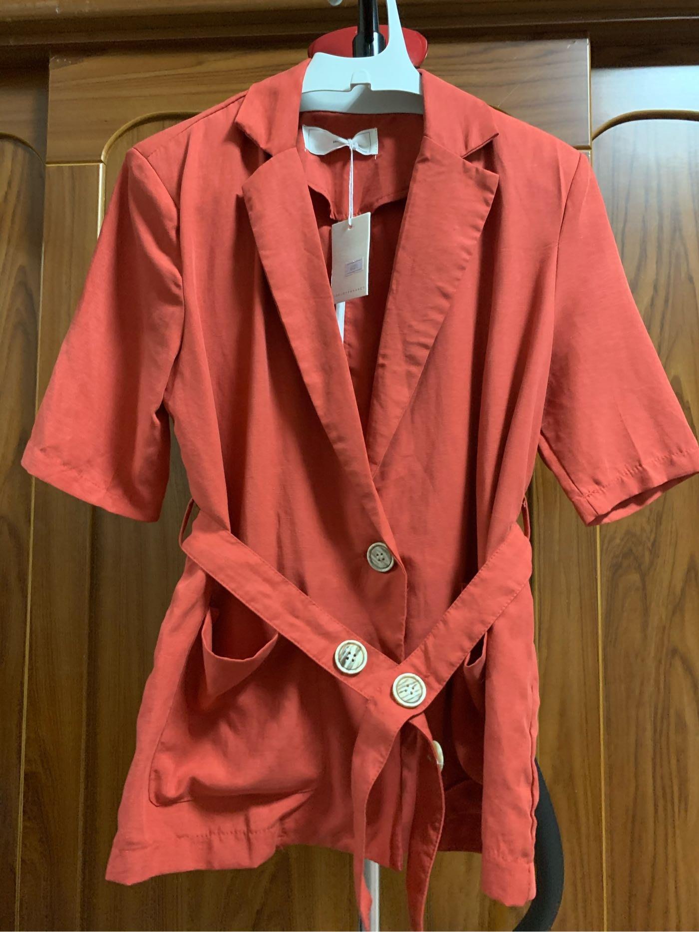 正韓bless by h 磚紅色西外 有腰帶 寬鬆版 全新 1/4價賣尺寸平量參最後一張