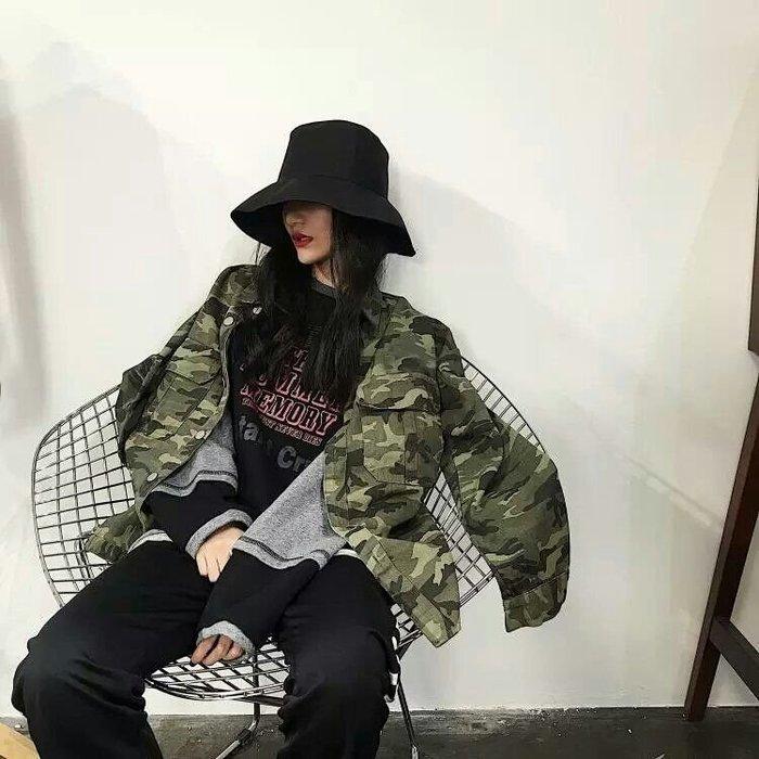 【超復古港味bf風😎】秋冬軍綠迷彩👍新款 大口袋工裝 上衣 休閒 牛仔外套(均碼)