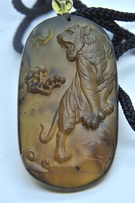 緬甸琥珀 棕紅珀 紫羅蘭珀 金棕珀 金棕珀虎爺(強綠膜)