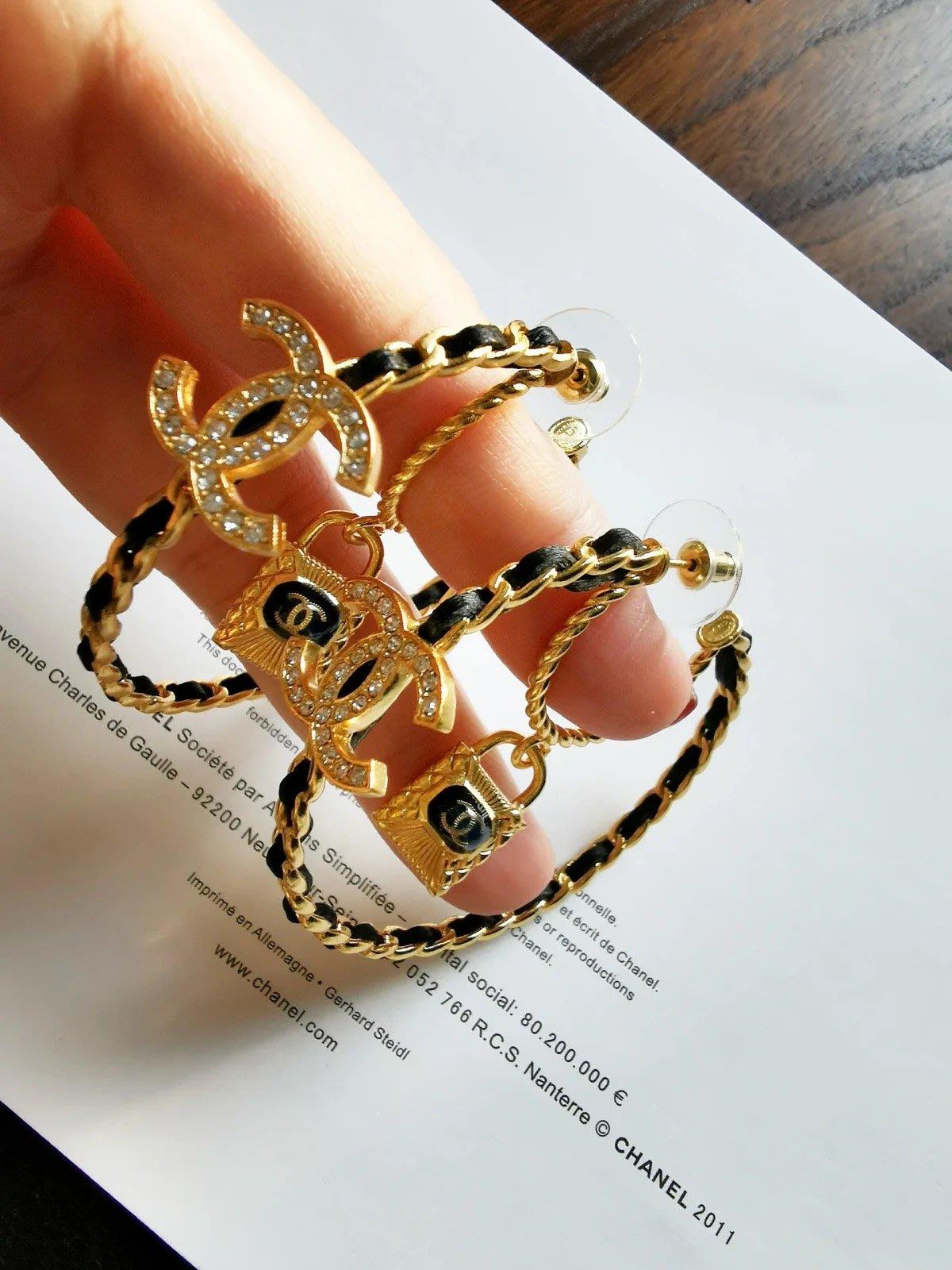 ✤寵愛Pamper for you✤CHANEL 小羊皮鏈條鎖頭耳環