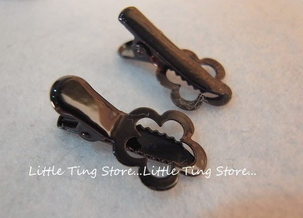 Little Ting Store 防掉髮前髮瀏海夾 簍空小花髮夾 瀏海夾 側邊夾 小髮夾