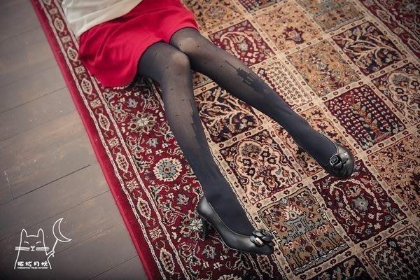 【拓拔月坊】日本製 MORE 秋冬 水玉點點 夜色高塔印 褲襪~現貨!