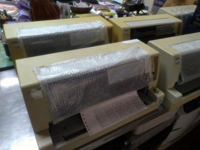 [中友列表機專賣店]EPSON 點陣式印表機 LQ-680C 整新機
