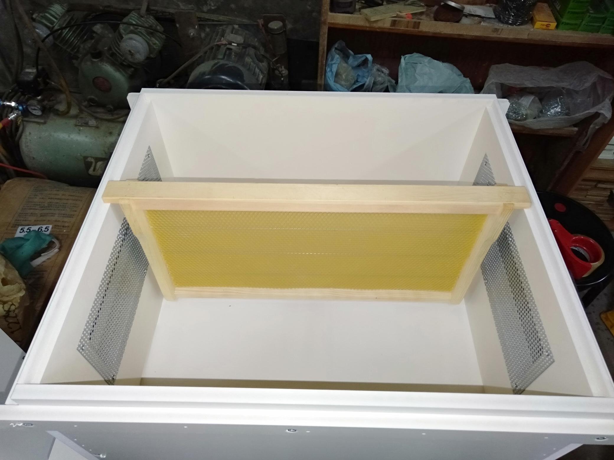 養蜂工具/  組好標準  (巢礎)  ( 巢框)  優質  (意蜂)   (洋蜂)  深房巢礎