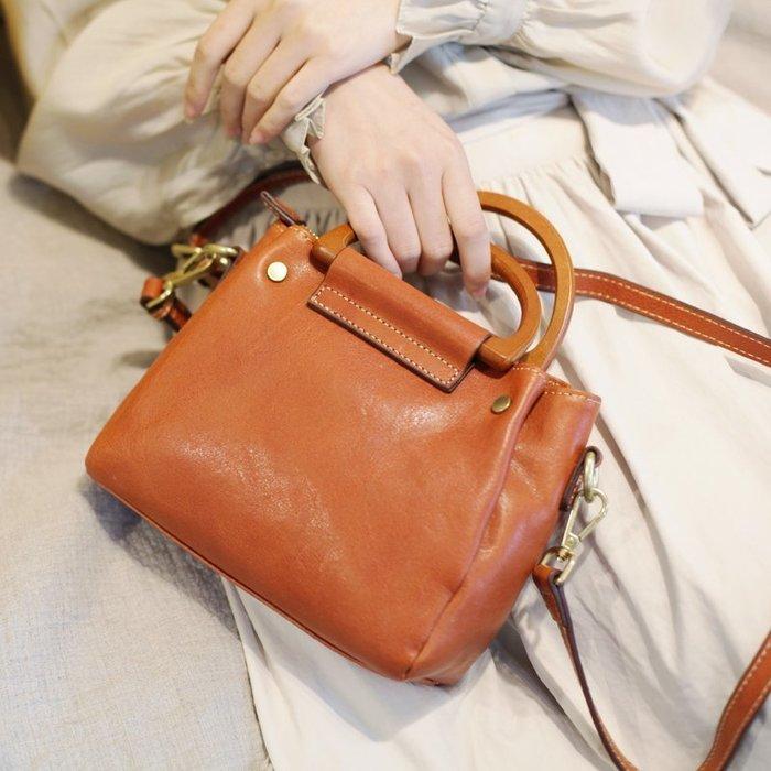 **蛻變英倫**韓國限定版連線熱賣高品質訂製歐美頂級款軟皮小包包2019新款氣質復古手拎休閒文藝單肩斜挎女士媽媽手提包