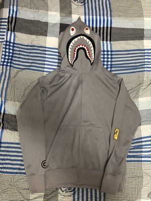 二手 ape a bathing ape bape 灰色鯊魚運動外套