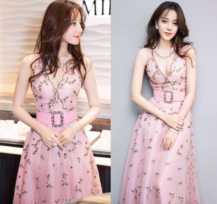 ♥PK漂亮♥ F18064 S~XL號 粉紅色小碎花點點紗網性感女神重工刺繡深V領無袖腰帶長裙連身洋裝