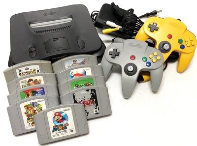 【任天堂 Nintendo 64】 N64 日製主機、遊戲*9、手把*2 出售
