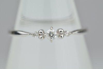 【芬芳時尚】日本專櫃  TAKE-UP  10k白金 6分天然鑽石戒指 附盒  8號