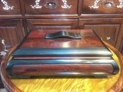 ॐ〘聖多羅〙文件盒 珠寶盒 糖果盒 收納盒 – 大紅酸枝 / 框-紫光檀