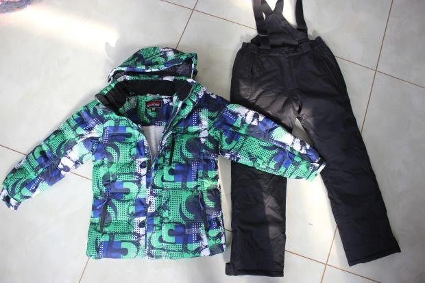 香港代購 歐美大廠 保暖 防寒褲 戶外 滑雪 頂級 滑雪衣褲 衝鋒褲 防風 防水 兒童特厚款雪地使用