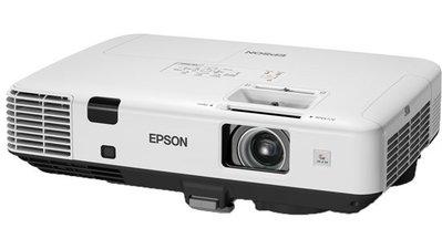 高雄 投影機出租 5000流明 EPSON EB-1960 HDMI 租 電視 音響 投影機 筆電 筆記型電腦 3C出租