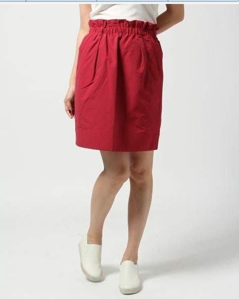 lowrys farm 鬆緊腰圍紅色花苞短裙 ~mox小穎kashin貓咪曬月亮