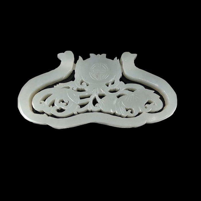 《博古珍藏》和闐玉拉絲鏤空雕蓮紋玉珮.42公克.早期收藏.玉牌項鍊配飾.感恩特賣會.行家勿錯過.超值回饋