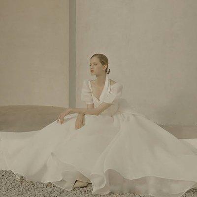 *全新~sasa婚紗禮服~完美澎澎袖修飾層次感色禮服 白紗~