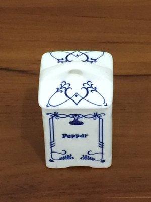 陶瓷藝品 香科缶 筆筒 收納盒 收藏盒  擺飾 (陶瓷)