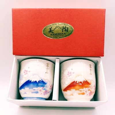 值得收藏入手!日本風情緣起富士山 淡雪富士山櫻花對杯 湯吞杯 夫妻對杯 (組)