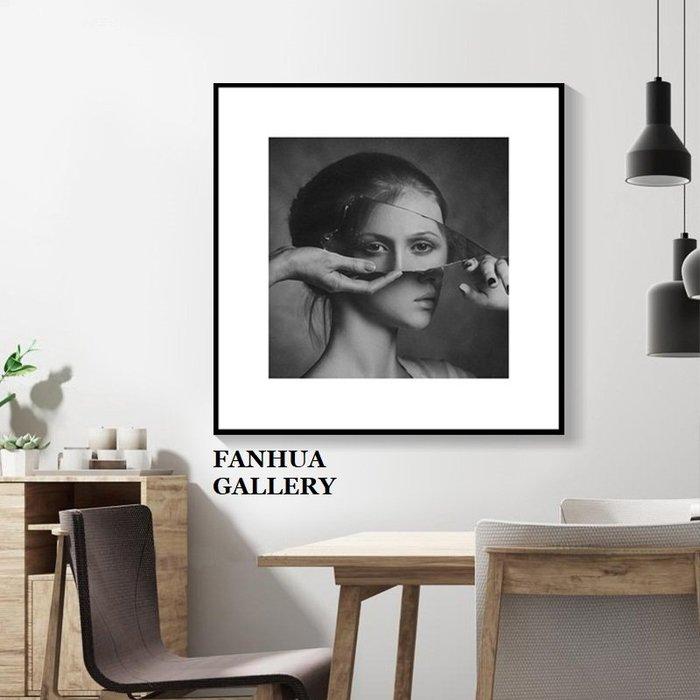 C - R - A - Z - Y - T - O - W - N 現代簡約黑白攝影裝飾畫客廳臥室床頭壁畫人物藝術掛畫