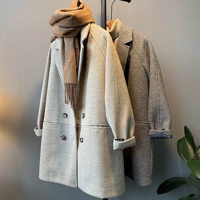 西裝外套 質感英倫風寬鬆有型加厚人字紋毛呢西裝大衣 艾爾莎【TAE8147】