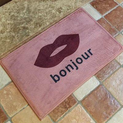♣生活職人♣【V19】bonjour嘴唇圖案地墊(短) 門墊 腳墊 地毯 玄關 浴室 廚房 臥室 客廳 防滑 時尚
