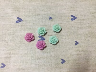 10mm 紫色 淺藍色 迷你玫瑰花 造型DIY素材 奶油殼 袖珍小物 飾品材料 (現貨)