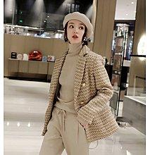 『 筱涵 日系美學衣飾 』你在的地方就是T臺 含金絲客供軟呢加厚夾花雙排扣小香風外套