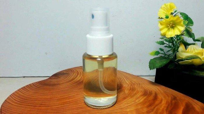 【茶陶音刀】台灣香樟一級木精油 30ML噴霧罐450元(純天然)香醇精油~在家就能享受天然芬多精