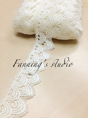 【芬妮卡Fanning服飾材料工坊】雙層半月型刺繡蕾絲 高4.5cm 1碼入