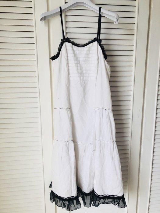AIRFA 艾兒法 黑色蕾絲細肩帶+純白細緻棉質浪漫長洋裝