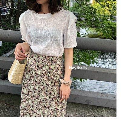 (現貨)韓國純色壓皺泡泡袖上衣