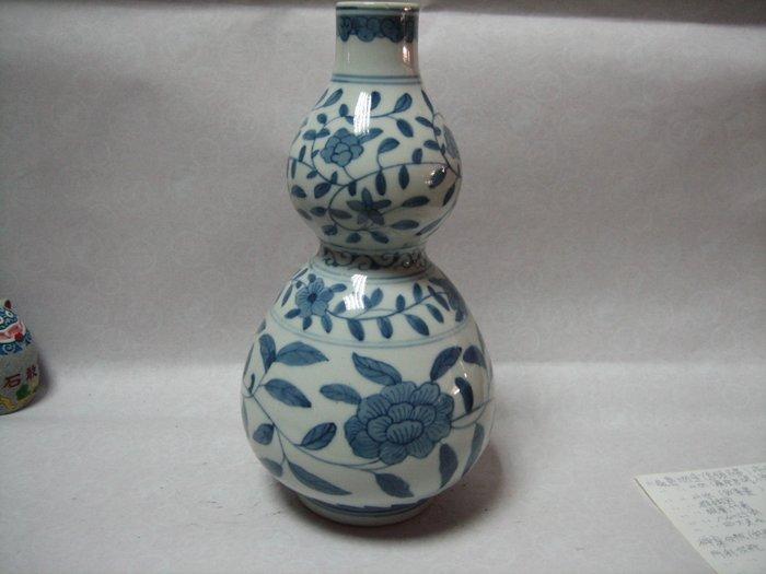 青花-民窯-葫蘆-牡丹花瓶---