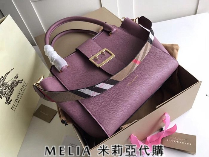 Melia 米莉亞歐洲代購 巴寶莉 戰馬 英國名品 18ss 手提包 斜背包 the buckle 笑臉包 紫色