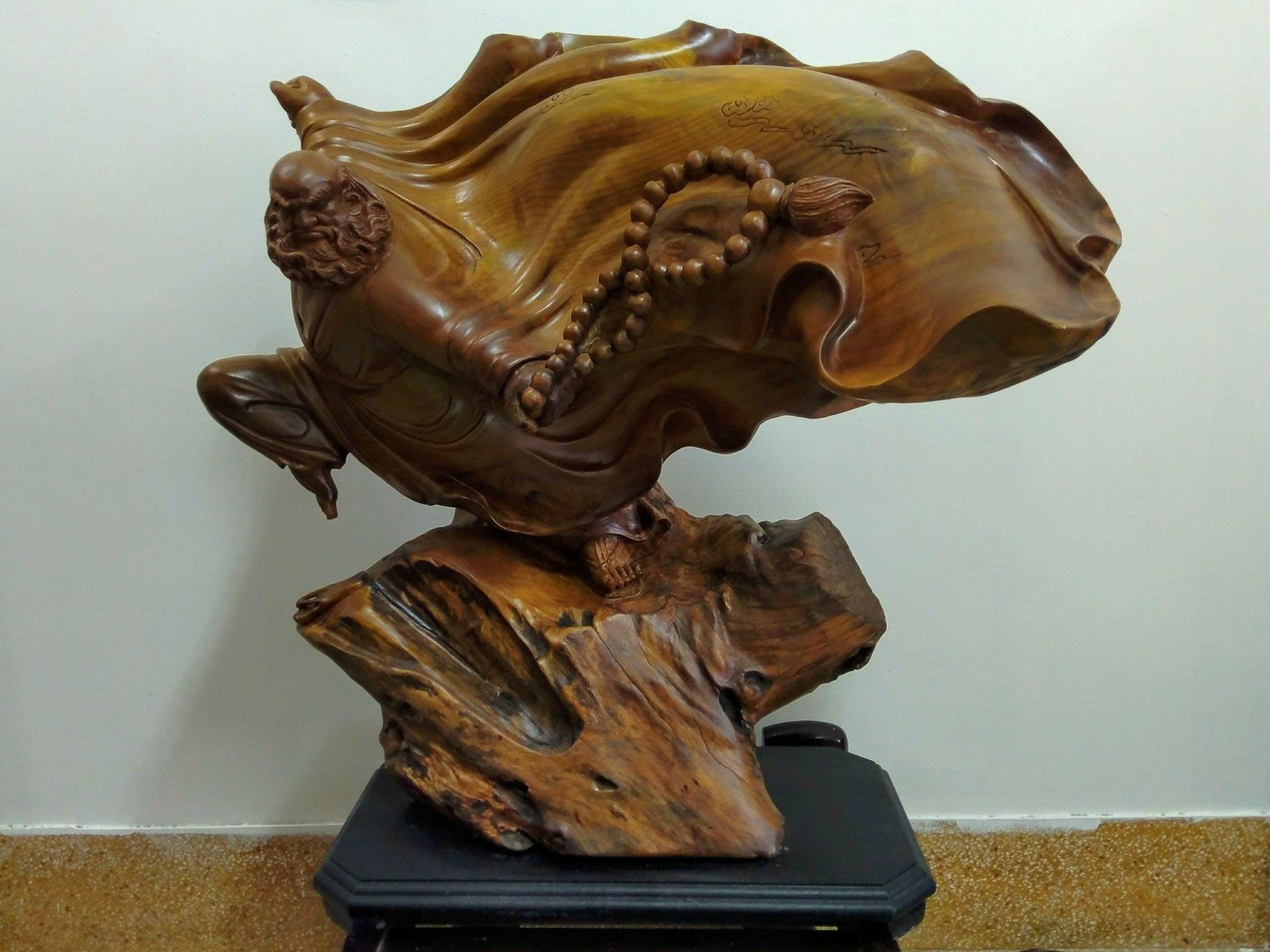 $賠售$ 貴州楠木雕刻藝品-武達摩 作家落款、非崖柏、花梨木、