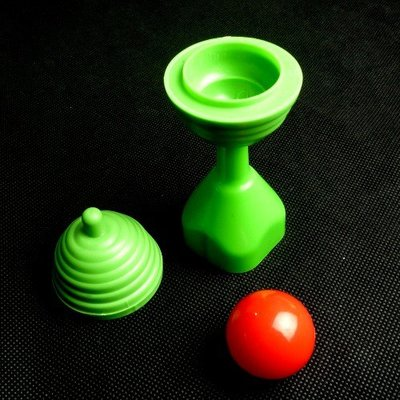 【意凡魔術小舖】魔杯遁球3代(帶鎖穿透版)魔術道具-展覽贈品 生日禮物 才藝表演 PARTY 紅球來去