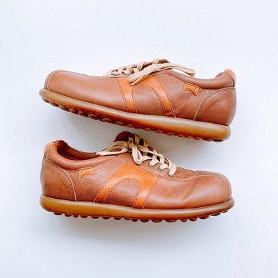 平常小姐┋2手┋摩洛哥製【Camper】Pelotas經典款logo豆豆鞋 焦糖色 38號 真皮休閒鞋