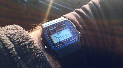 南◇2020 9月 CASIO 手錶 軍用錶 F-91W 電子錶 卡西歐 黑藍金綠銀色 多功能 運動 學生 當兵 經典款