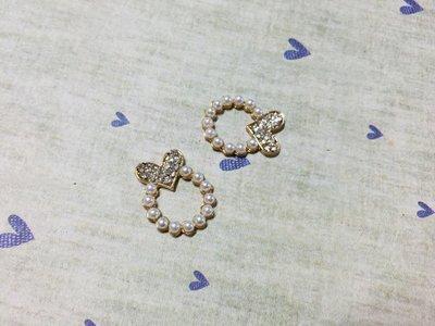 22mm*18mm 水鑽蝴蝶結珍珠裝飾 鏡頭框 立體造型 DIY素材 奶油殼 貼鑽小物 飾品金屬材料 (現貨)