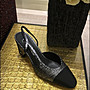 Chanel經典粗跟淑女鞋~黑色撞霧金(鞋頭為緞面材質,鞋身小牛皮)38.5號~~全新己貼底