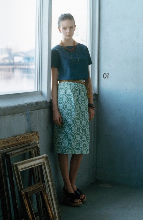 Lis khros 綿シルクのTシャツ型  高雅光澤絲綢短袖T恤 (現貨款特價)