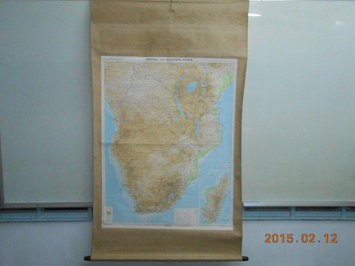 《中南非地圖~CENTRAL AND SOUTHERN AFRICA》外觀長寬149*86 地圖長寬98*76