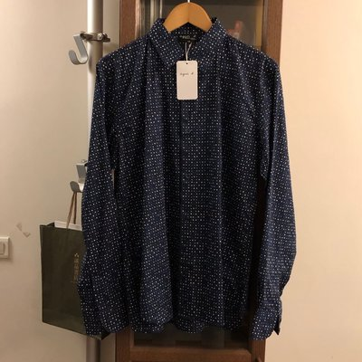 agnes b 深藍點襯衫,42號適合177-183,全新只有一件~