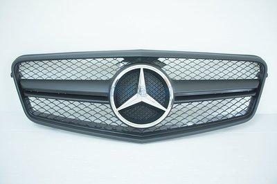 ~~ADT.車燈.車材~~BENZ E系列 W212 09 10 11 12 13 大星標消光黑單線水箱護罩