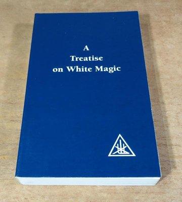 原文書、英文書:A Treatise on White Magic│Alice Bailey0853301239│七成新