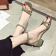 小尤家~網紅涼鞋女超火夏季新款韓版百搭仙女鞋一字扣帶粗跟羅馬鞋潮