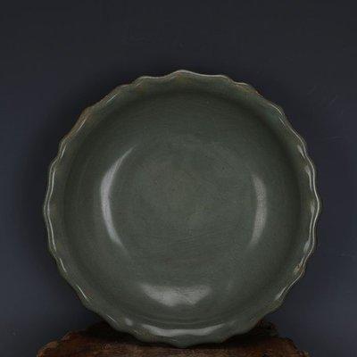 ㊣姥姥的寶藏㊣ 宋代龍泉官窯青釉鐵胎葵口洗  出土古瓷器手工瓷古玩收藏擺件