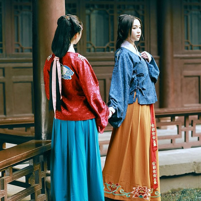 月中仙漢服女日常交領襦裙明制繡花襖裙春裝新款非 古裝