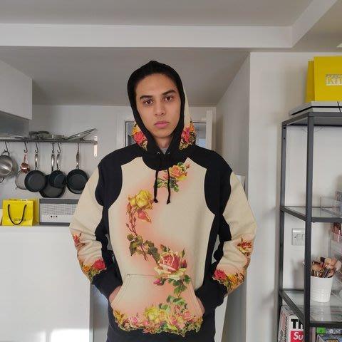 全新商品 Supreme Jean Paul Gaultier Floral Print 花朵 刺繡 連帽 長袖TEE