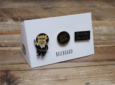 【Old Joe】Billboard Pin Badge Set 名手繪師 Nuts 聯名別針