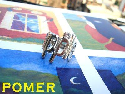 ~POMER~ 古著 低調華麗 搖滾超酷 MIX 摩登 前衛 風格  單品 閃亮水鑽英文字母 apple 銀色戒指