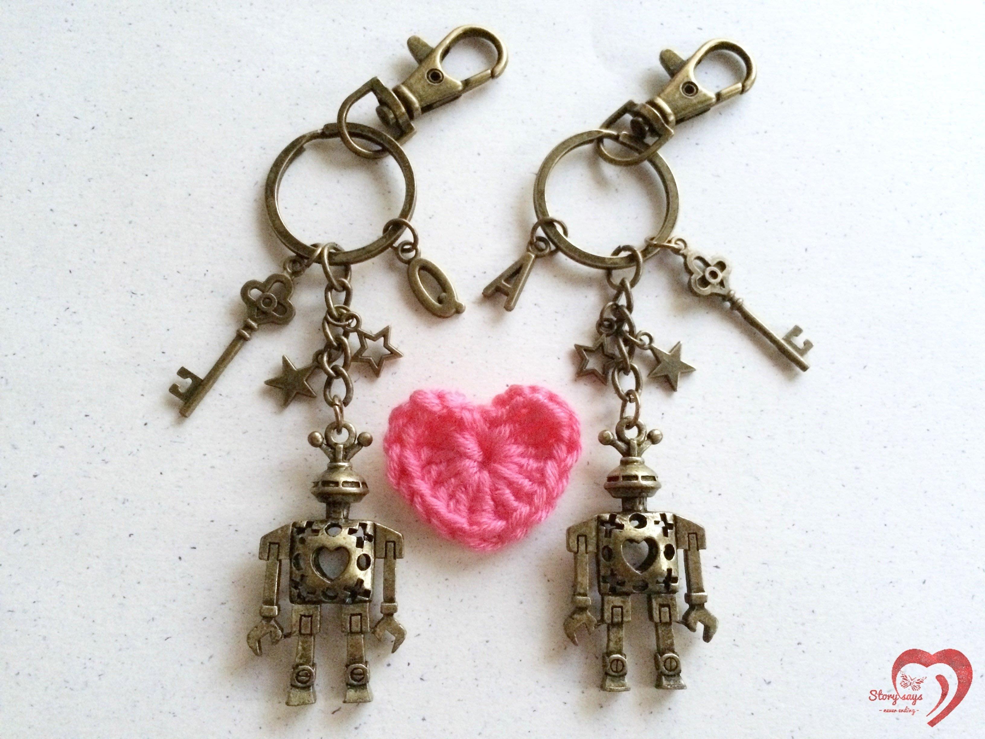 ♥ STORY SAYS ♥【陪伴與守護】手創 客製愛の鑰成對古銅機器人鑰匙圈 情侶 朋友 閨蜜 禮物 生日 情人節